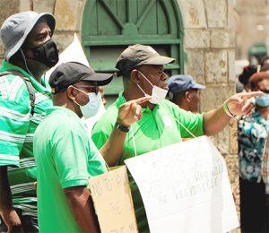 Boucher calls police to remove unruly protester